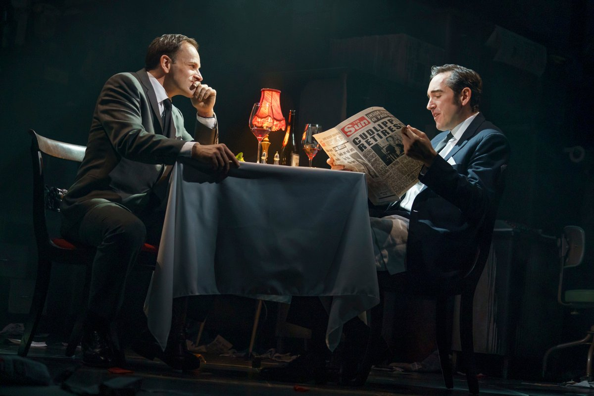 Jonny Lee Miller as Larry Lamb and Bertie Carvel as Rupert Murdoch in Ink.